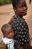 αφρικανική γυναίκα παιδιώ Στοκ Φωτογραφίες