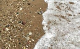 Αφρός και χαλίκια νερού Στοκ φωτογραφία με δικαίωμα ελεύθερης χρήσης