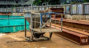 Αχρησιμοποίητος αναμίκτης τσιμέντου στη φωτογραφία εργοτάξιων οικοδομής που λαμβάνεται στην Τζακάρτα Ινδονησία στοκ εικόνες