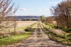 Αχρησιμοποίητος δρόμος στην κοιλάδα στοκ φωτογραφίες με δικαίωμα ελεύθερης χρήσης