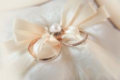 δαχτυλίδια δύο γάμος Στοκ Εικόνα