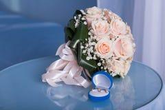 δαχτυλίδια δύο γάμος Στοκ εικόνα με δικαίωμα ελεύθερης χρήσης