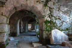 Αψίδα πετρών Amphitatra στοκ εικόνες