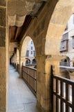 Αψίδα με τα ξύλινα κιγκλιδώματα, caravansary Wikala Bazaraa, Κάιρο, Αίγυπτος Στοκ Φωτογραφίες