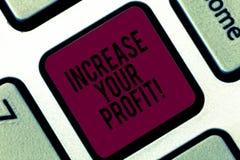 Αύξηση γραψίματος κειμένων γραφής το κέρδος σας Η έννοια έννοιας κάνει περισσότερα χρήματα να βελτιώσουν το πληκτρολόγιο επιχειρη απεικόνιση αποθεμάτων