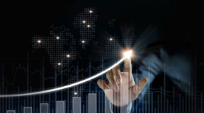 Αύξηση σχεδίων επιχειρηματιών και αύξηση των θετικών δεικτών Στοκ εικόνες με δικαίωμα ελεύθερης χρήσης