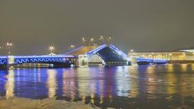 Αύξηση της γέφυρας στη Αγία Πετρούπολη φιλμ μικρού μήκους