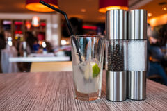 Αλάτι, πιπέρι και ασβέστης Στοκ φωτογραφίες με δικαίωμα ελεύθερης χρήσης