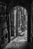 Αλέα στην πόλη Trapani, Σικελία Στοκ εικόνα με δικαίωμα ελεύθερης χρήσης
