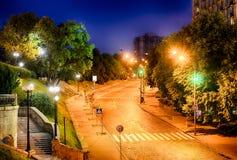 Αλέα των ηρώων θεϊκού του εκατό στο Κίεβο τη νύχτα Στοκ Φωτογραφίες