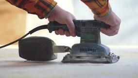 Αλέθοντας εργασία ξυλουργών απόθεμα βίντεο