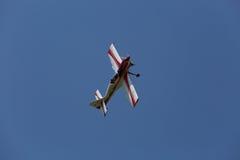 αλλαγμένος ουρανός μορφών σχεδίου χρωμάτων αεροσκαφών αεροπλάνο Στοκ Φωτογραφίες