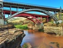 Αλατισμένη γέφυρα φαραγγιών ποταμών Στοκ φωτογραφία με δικαίωμα ελεύθερης χρήσης