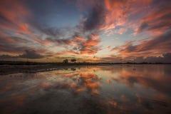 αλατισμένο ηλιοβασίλεμ& Στοκ Φωτογραφία