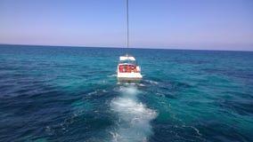 Αλεξίπτωτο σε μια θάλασσα Στοκ Εικόνα