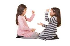 2 αδελφές ή φίλοι Στοκ εικόνα με δικαίωμα ελεύθερης χρήσης