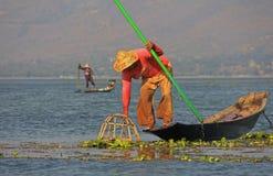 Αλιεία στη λίμνη Inle Στοκ εικόνες με δικαίωμα ελεύθερης χρήσης