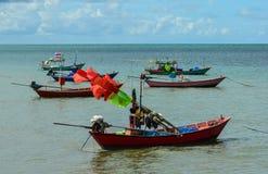 Αλιευτικά σκάφη και όμορφος ουρανός Στοκ Εικόνα