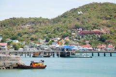 Αλιευτικά σκάφη που δένονται στο λιμάνι. Στοκ Εικόνα