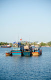Αλιευτικά σκάφη στη μαρίνα σε Nha Trang, Βιετνάμ Στοκ εικόνα με δικαίωμα ελεύθερης χρήσης