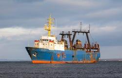 Αλιευτικό πλοιάριο εργοστασίων Στοκ εικόνες με δικαίωμα ελεύθερης χρήσης