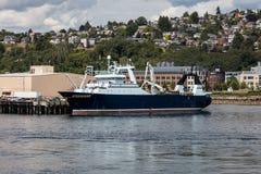 Αλιεύοντας αλιευτικό πλοιάριο Στοκ Εικόνες