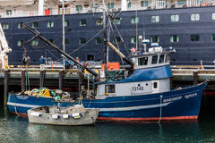 Αλιεύοντας αλιευτικό πλοιάριο Στοκ Φωτογραφία