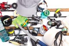 Αλιεύοντας εξοπλισμοί, εξοπλισμός και καλύμματα Στοκ Φωτογραφία