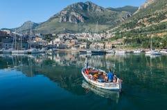Αλιεύοντας λιμένας και μαρίνα Στοκ φωτογραφία με δικαίωμα ελεύθερης χρήσης