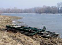 Αλιεύοντας ξύλινη βάρκα στοκ φωτογραφία με δικαίωμα ελεύθερης χρήσης