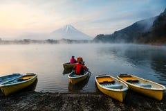 αλιεύοντας στη λίμνη Shoji, Ιαπωνία Στοκ εικόνες με δικαίωμα ελεύθερης χρήσης