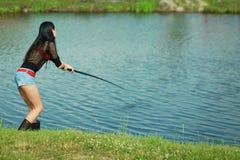 Αλιεύοντας όμορφο κορίτσι Στοκ Φωτογραφίες