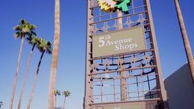 5α καταστήματα λεωφόρων, στο κέντρο της πόλης Scottsdale, AZ απόθεμα βίντεο