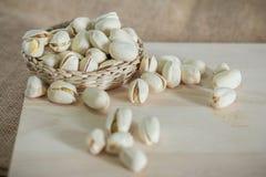 Αλμυρά καρύδια φυστικιών στοκ εικόνες