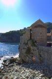 Αδριατική παλαιά εκκλησία ακτών Στοκ Εικόνες