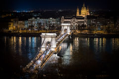 αλυσίδα Ευρώπη Ουγγαρία της Βουδαπέστης γεφυρών Στοκ Φωτογραφίες
