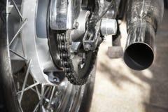 Αλυσίδα μοτοσικλετών και οπίσθιος αλυσσοτροχός Στοκ Εικόνες