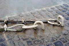 αλυσίδες σκουριασμένες Στοκ εικόνες με δικαίωμα ελεύθερης χρήσης