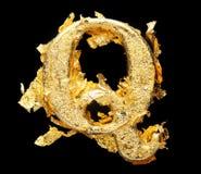 Αλφάβητο και αριθμοί στο τραχύ χρυσό φύλλο Στοκ εικόνες με δικαίωμα ελεύθερης χρήσης