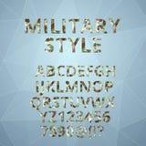 Αλφάβητο πολυγώνων με το στρατιωτικό ύφος πηγών διανυσματική απεικόνιση