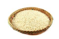 Αλωνίζοντας καλάθι ρυζιού Στοκ Εικόνα