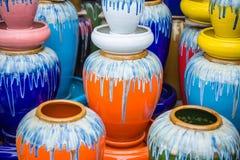 Βάζο πολυ-χρωμάτων, βάζο για τα υδάτινα έργα Στοκ φωτογραφία με δικαίωμα ελεύθερης χρήσης