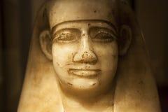 Βάζο Canopic ενός ταύρου Mnewer από την αρχαία 26η δυναστεία της Αιγύπτου στοκ εικόνες με δικαίωμα ελεύθερης χρήσης