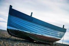 βάρκα απομονωμένη Στοκ Εικόνες