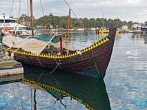 Βάρκα Βίκινγκ αντιγράφου, κόλπος Blackwattle, λιμάνι του Σίδνεϊ, Αυστραλία Στοκ Φωτογραφία