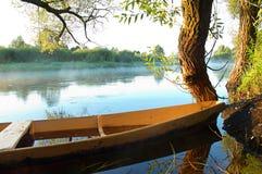 βάρκα κίτρινη Στοκ Φωτογραφία