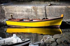 Βάρκα καθρεφτών Στοκ Φωτογραφία
