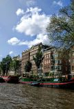 Βάρκα καναλιών του Άμστερνταμ Στοκ φωτογραφία με δικαίωμα ελεύθερης χρήσης