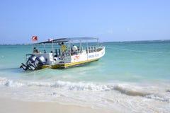 Βάρκα κατάδυσης σε Punta Cana Στοκ φωτογραφία με δικαίωμα ελεύθερης χρήσης