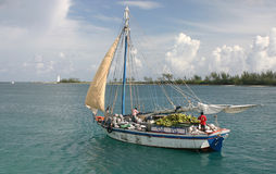 βάρκα μπανανών Στοκ εικόνες με δικαίωμα ελεύθερης χρήσης